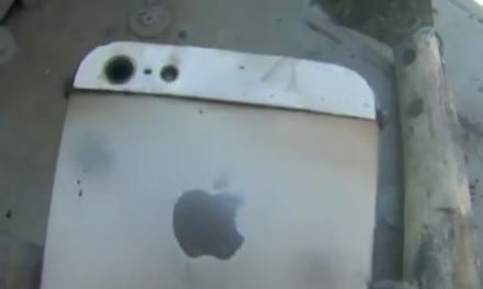 전자렌지에 요리된 아이폰5, 괴상한 실험 비디오